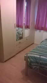 Lovely Double Rooms To Let