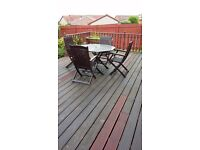 Patio furniture Table and four chairs in teak excellent condition