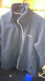 Bnwt berghaus fleece small size