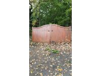 Wooden gates 10ft