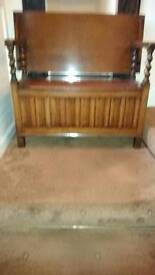 Settle or monks bench
