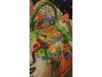 Baby play matt with stacker and balls