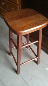 ONE RUSTIC SOLID WOOD STOOL 26 HIGH Counter Bar High Oakville