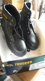 Size 10 trucker boots