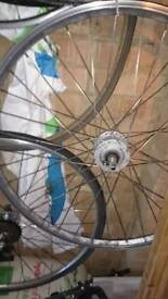 Front Bike wheel with shimano hub dynamo