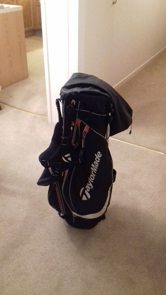 SECOND HAND TAYLOR MADE CARRY GOLF BAG WITH STAND