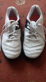 Boys Nike Trainers Size 2