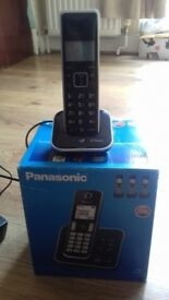 Panasonic Cordless handsets x 4 with answerphone
