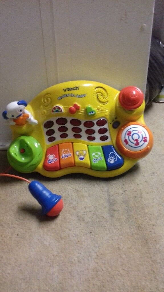 Childs musical play centre