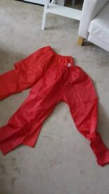 Waterproof trousers/over trousers