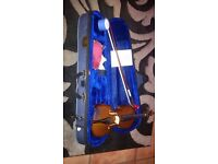 Stentor 1/10 violin and carrying case. Perfect for your little one.