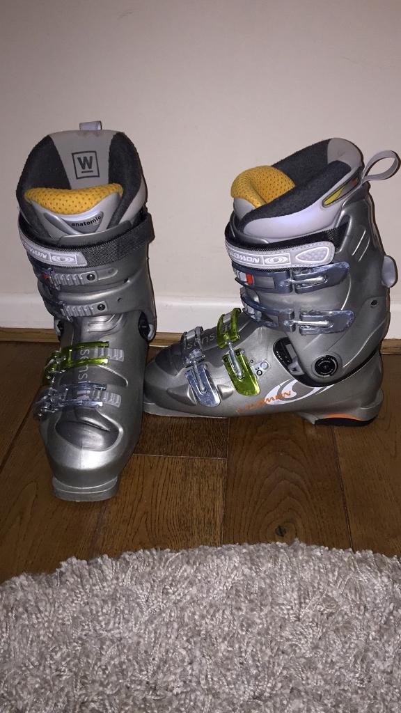 Salamon ski boots size 9