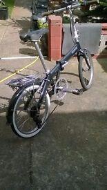 foldaway bike, 7 speed gears.