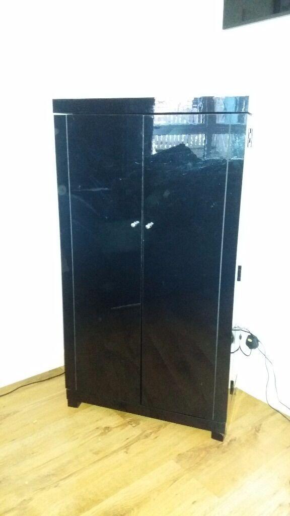 Black gloss CD Tower cabinet in Waltham Abbey Essex  : 86 from www.gumtree.com size 576 x 1024 jpeg 44kB