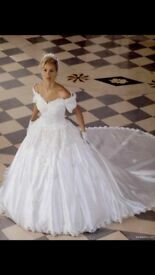 Immaculate Alfred Angelo Ivory A-Line Wedding Dress size 22