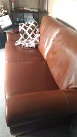 Italian leater sofa in excellent condition