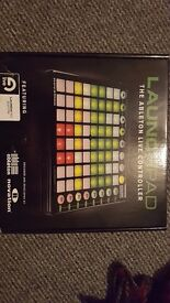 Novation LAUNCHPAD controller - EXCELLENT CONDITION