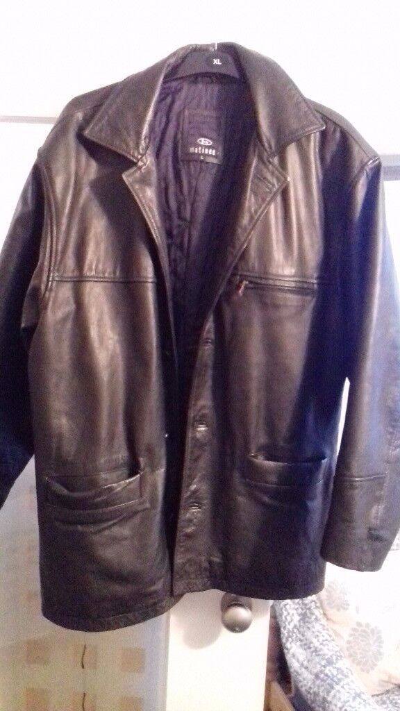 Matinee leather jacket.Heavy quilted jacket size L. Very good condition. No apparent signs of wear