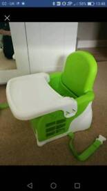 Munchkin baby toddler booster seat with tray mint cond