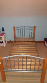 Single bed, metal and wood frame