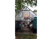Aluminium Frame Greenhouse - Free for Collection
