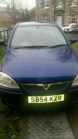 300 ONO 2004 vauxhall corsa for sale spare or repair