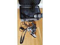 Canon EX2 Hi8 Video camcorder, with accessories.