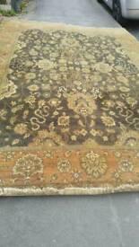 Large rug 11ft 6ins