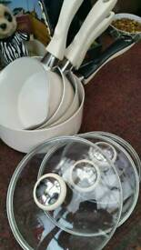 Great set of prestige 4 pans and lids ..