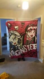 Monster high fleece blanket