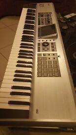 Roland Fantom X7 Music Sampler & Production Workstation Synth