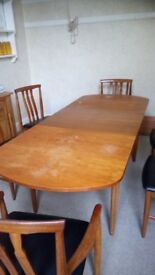 Quality Mcintosh Extending Dining Table & Six Chair s