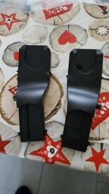 Car seat adaptors for silver cross wayferer pram