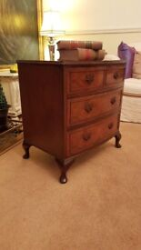 Stunning Victorian antique solid walnut bowfront chest of drawers