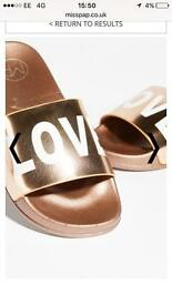Rose gold love sliders size 3