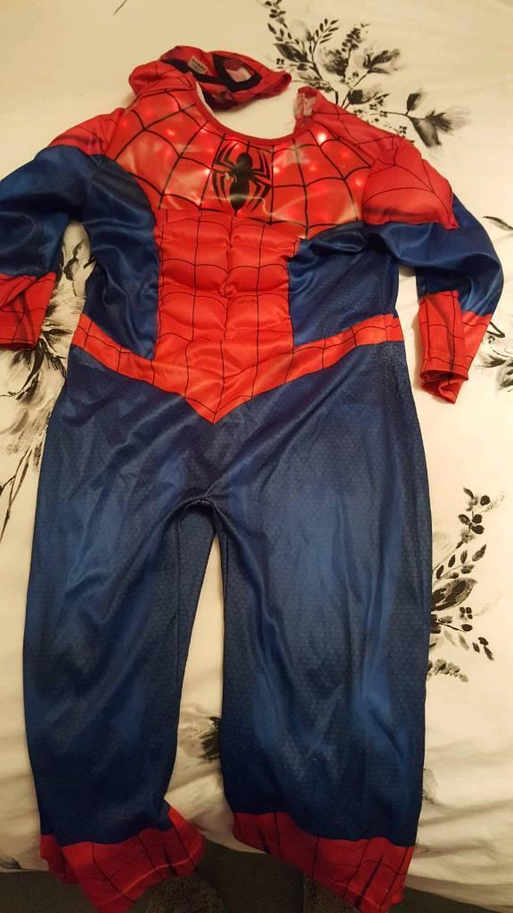 Spiderman costume age 3 - 4 years