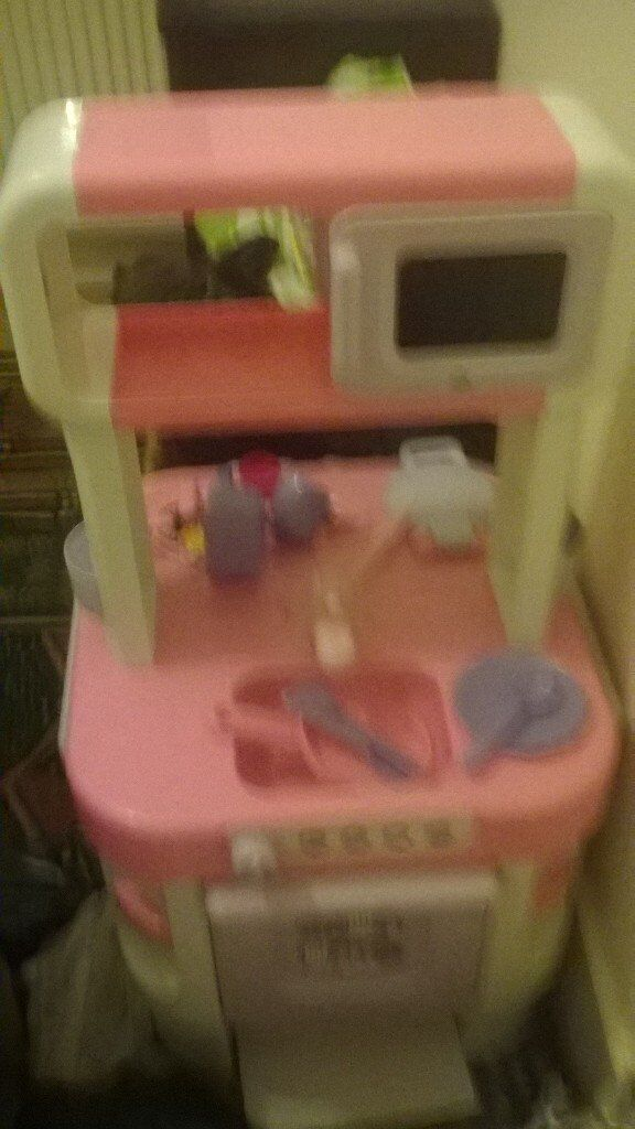 Little chef kids toy kitchen with accessories