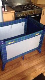 Graco travel cot/ play pen