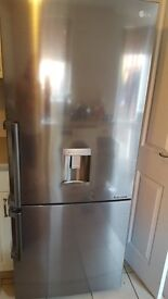 LG Fridge Freezer 18mths old excellent condition, water dispenser 705x730x1720mm