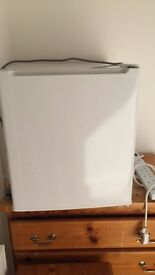 White ARGOS table top freezer £50 ONO