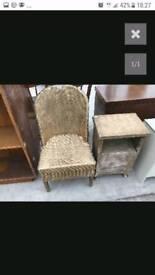 2 loyd loom items