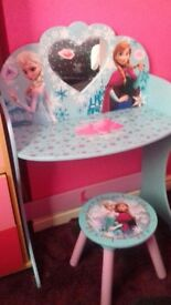 Girls vanity dressing table and stool very sturdy wood and brill condition with frozen theme