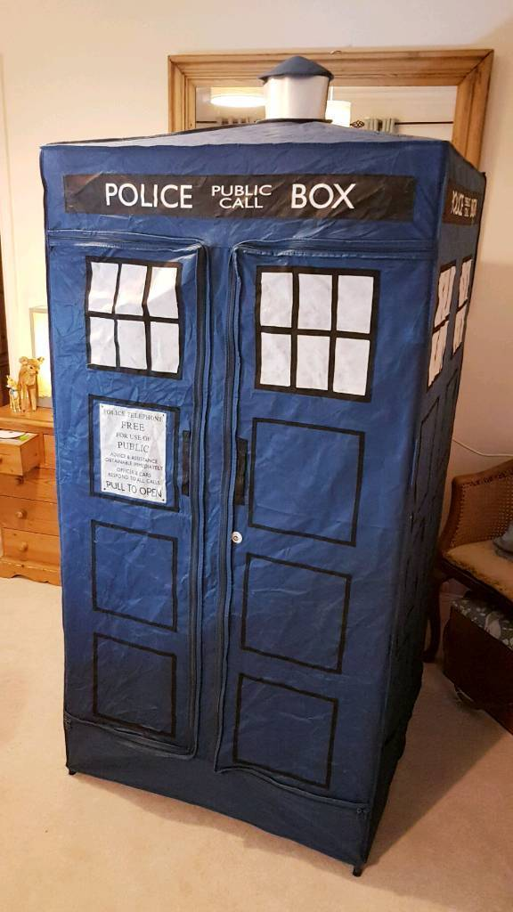 Rare 2006 Dr Who Tardis Tent. Vgc. 33x33x74in. | in Gillingham, Dorset | Gumtree