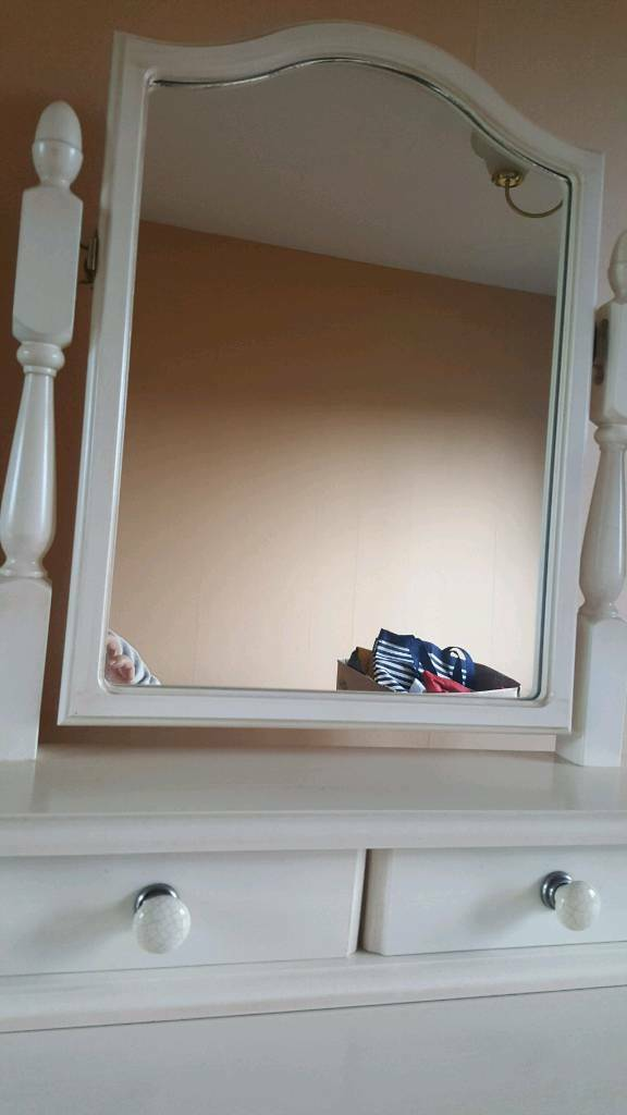 Cream dresser with mirror
