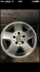 "15""5 stud mercedes A class single alloy"