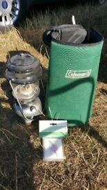 Coleman twin mantle lantern and carrybag
