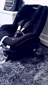 ISO-FIX, maxi cosi pearl and baby carseat