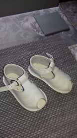 Size 20 andanines sandals