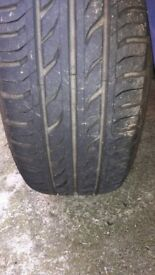 Renault clio 175/65 R14 wheel with nearly new tyre