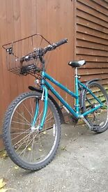 Second hand bicycle, good contitions, included basket,back light and locker